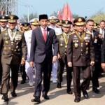 Jokowi Ingatkan TNI Untuk Setia kepada Pemerintahan yang Sah