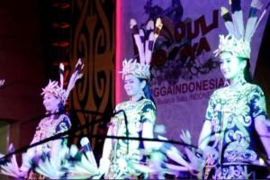 Salah satu tarian daerah yang ditampilkan pelajar Balikpapan. Foto: (Raden Roro/CJA Balikpapan)