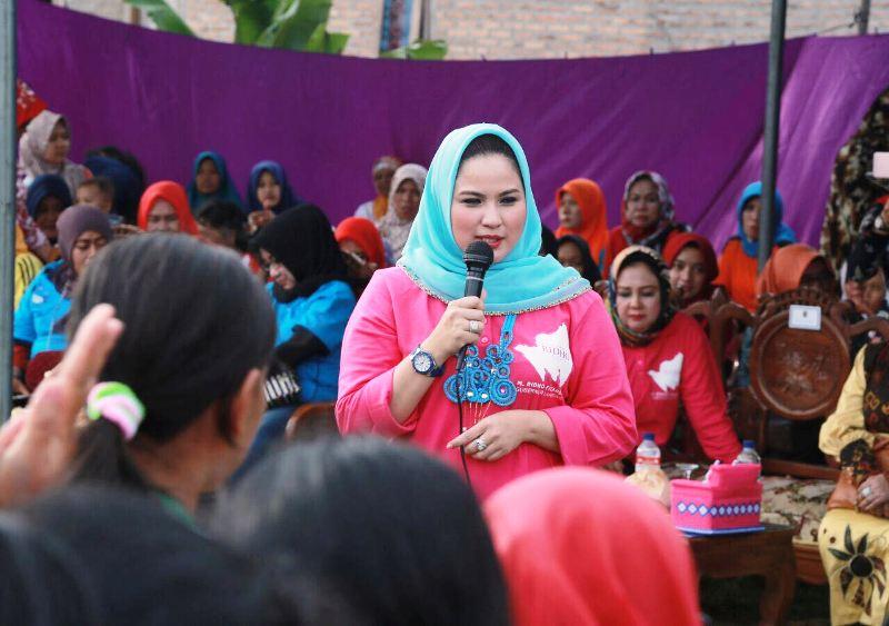 Ketua Tim Penggerak Provinsi Lampung Aprilani PKK Yustin Ridho Ficardo