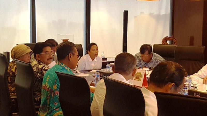 Rapat Tim Evaluasi Tol Lampung, di Jakarta, Kamis 9 November 2017 sore.