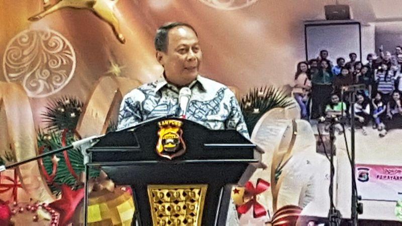 Kapolda Lampung Irjen (Pol) Santana pada Perayaan Natal Bersama Polda Lampung di Gedung Serba Guna Pahoman, Bandar Lampung, Rabu 17 Januari 2018.