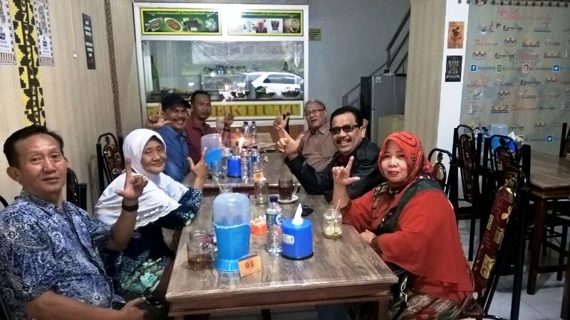"IKLB yang memiliki Coffee Resto Sekhuit Lampung"" kini mempopulerkan istilah ""Lalakko Mat""."