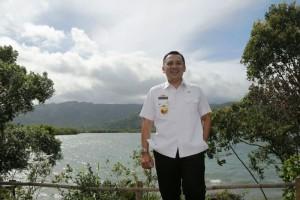 Gubernur Lampung Muhammad Ridho Ficardo mengunjungi Danau Asam dan Danau Tiga Warna yang merupakan potensi wisata Kecamatan Suoh, Lampung Barat.