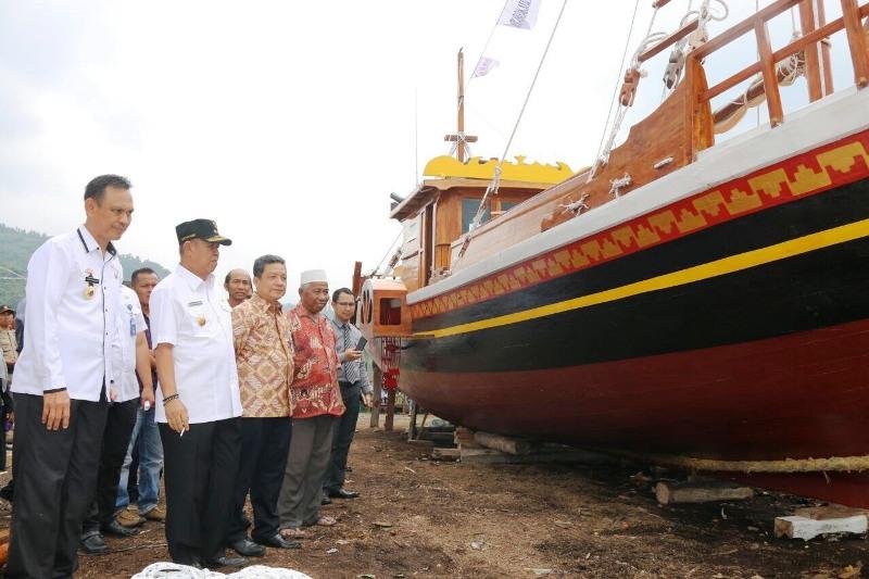 bachtiar-basri-kapal-wisata