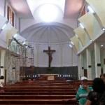 Warna Pareanom Jadi Penanda Misa di Gereja St Lidwina Pascateror