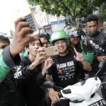 M.Ridho Ficardo Diarak Ojek Online Keliling Kota Bandar Lampung
