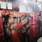 Ridho Ficardo Warnai Kemeriahan Tahun Baru Imlek di Empat Vihara