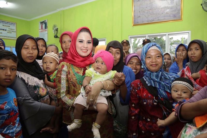Yustin Ficardo, dalam acara kampanye gizi sekaligus silaturahmi dengan masyarakat Lampung Tengah, di Kampung Tanjung Rejo, Kecamatan Pubian, Minggu 11 Februari 2018.