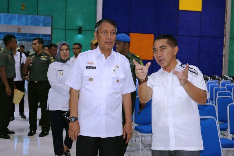 Pjs. Gubernur Lampung Didik Suprayitno meninjau lokasi yang akan dikunjungi Organisasi Aksi Solidasitaras Era (OASE) Kabinet Kerja pada 2 Maret 2018.