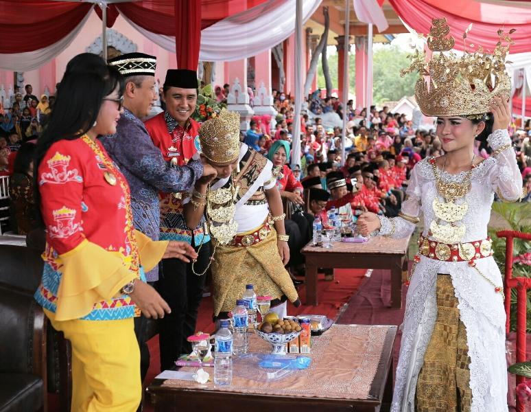 """Pjs. Gubernur Lampung Didik Suprayitno membuka """"Festival Megou Pak Tulang Bawang ke XXI tahun 2018."""""""