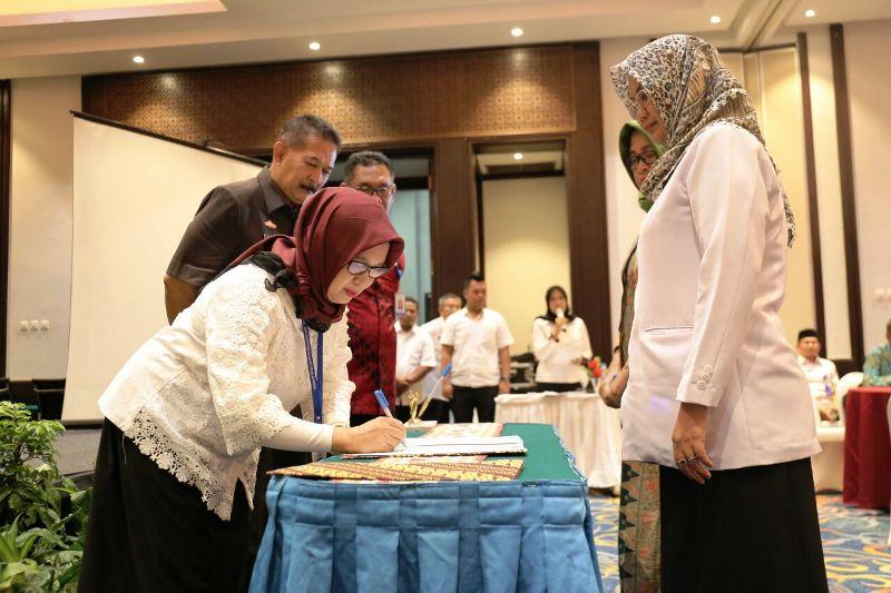 Rakorda Program Kependudukan, KB dan Pembangunan Keluarga  Provinsi Lampung Tahun 2018 di Bandar Lampung, Rabu (28/03/2018).