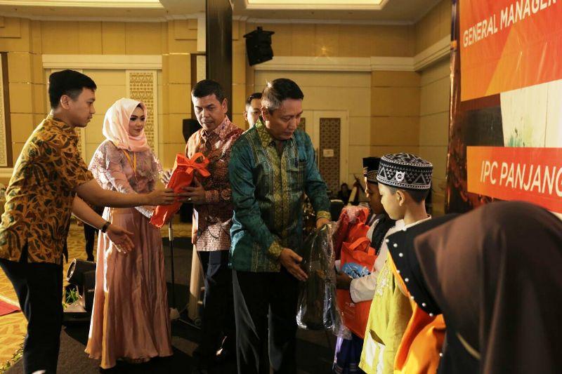 Pjs. Gubernur Lampung Didik Suprayitno, dalam acara pisah sambut General Manager IPC panjang dari Mulyadi kepada Drajat Sulistyo yang dilaksanakan di Ballroom Swissbell Hotel, Bandar Lampung, Rabu 14 Maret 2018.