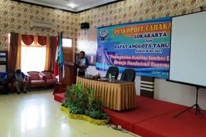 Ketua Puskopdit Caraka Utama FX Siman pada acara pembukaan menggelar Lokakarya Daerah (Lokda) di Hotel Nusantara Bandar Lampung, Sabtu 21 April 2018.