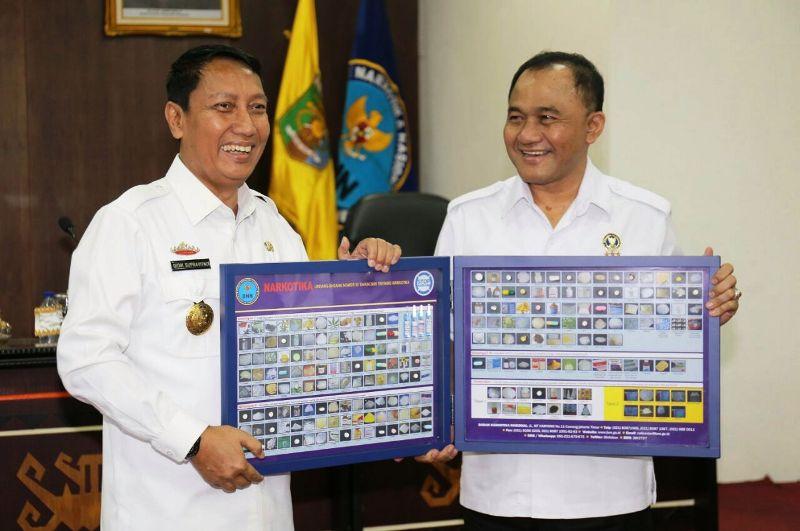 Kepala Badan Narkotika Nasional (BNN) Komisaris Jenderal Polisi (Komjen) Heru Winarko bersama Pjs. Gubernur Lampung Didik Suprayitno.