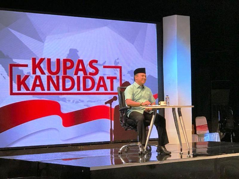 """Calon Gubernur Lampung M Ridho Ficardo saat tampil sebagai bintang tamu dalam acara """"Kupas Kandidat"""" di TVRI Nasional, Selasa malam 10 April 2018."""