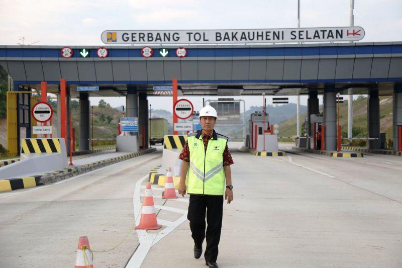 Pjs. Gubernur Lampung Didik Suprayitno  saat meninjau JTTS , Selasa 8 Mei 2018.