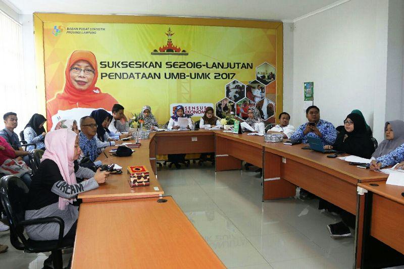 Jumpa Pers Berita Resmi Statistik, di Ruang Video Conference Lantai 3, BPS Provinsi Lampung, Rabu 2 Mei 2018.