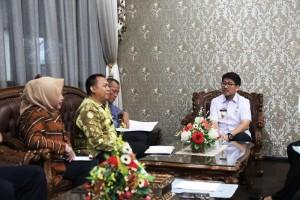 Kunjungan Komisi III DPRD Kabupaten Tapin, Provinsi Kalimantan Selatan di Ruang Sekretaris Daerah Provinsi Lampung, Rabu 23 Mei 2018.
