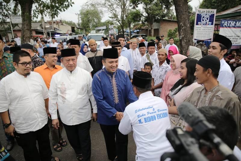 Petahana Calon Gubernur Lampung Muhammad Ridho Ficardo di Mulyo Jati, Metro Barat, Kota Metro, Minggu 27 Mei 2018 sore.