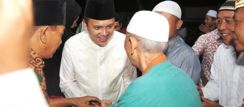 Calon Gubernur Lampung incumabent Muhammad Ridho Ficardo melakukan kegiatan safari ramadhan bersama masyarakat Pringsewu.