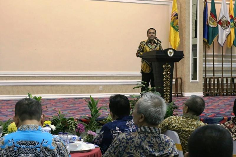 Gubernur Lampung Muhammad Ridho Ficardo menyambut mahasiswa dari 55 Perguruan Tinggi Negeri yang mengikuti Kuliah Kerja Nyata (KKN) Kebangsaan, dalam acara Welcome Party Balai Keratun, Komplek Kantor Gubernur Lampung, Minggu (22/7/2018) malam.