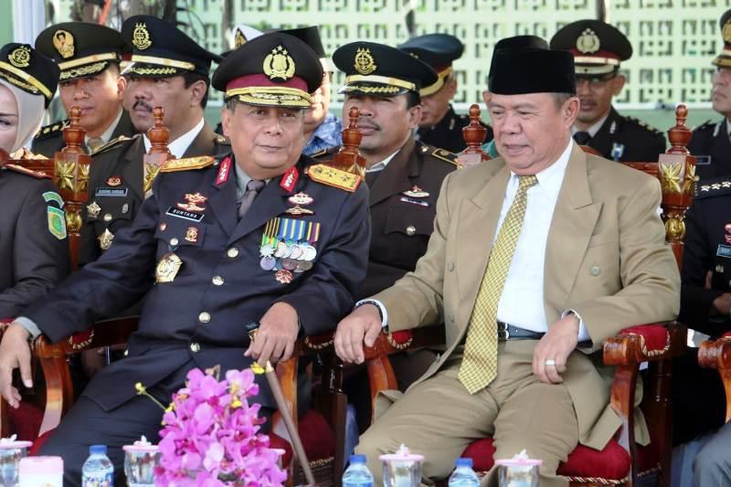 Wakil Gubernur Lampung Bachtiar Basri besama Kapolda Lampung Irjen Pol Suntana.