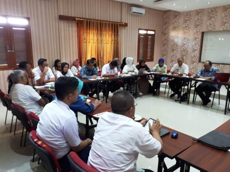 FGD Balitbangda Provinsi Lampung di Aula Nuwono Tasya Jalan Perwira Nomor 9 Rajabasa, Bandar Lampung, Rabu (1/8/2018).