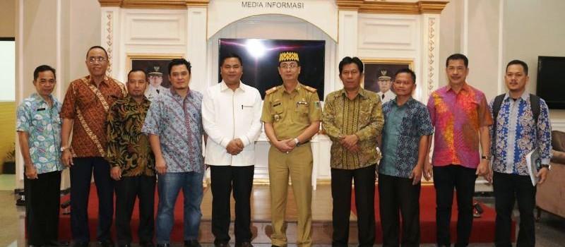 Karo Tata Pemerintahan dan Otonomi Daerah, Chandri, usai menerima kunjungan kerja Komisi I DPRD Babel di ruang rapat asisten pemerintahan dan kesra, kantor gubernur Lampung, Selasa (14/8/2018).