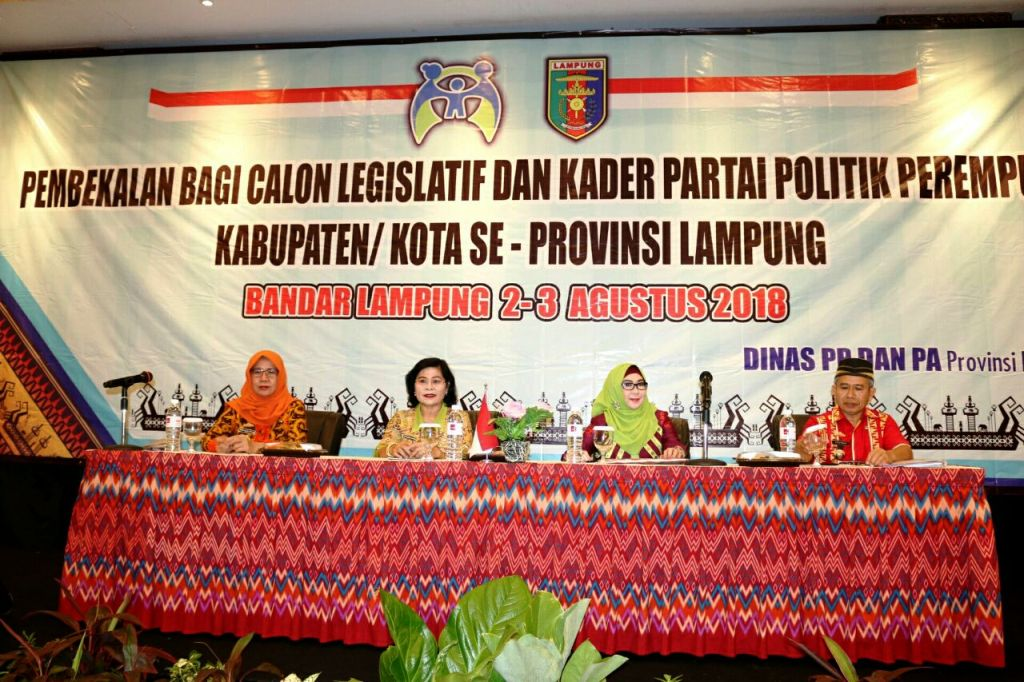 Pembekalan Calon Legislatif dan Kader Partai Politik Perempuan, Kamis (2/8/2018) di Hotel Emersia.