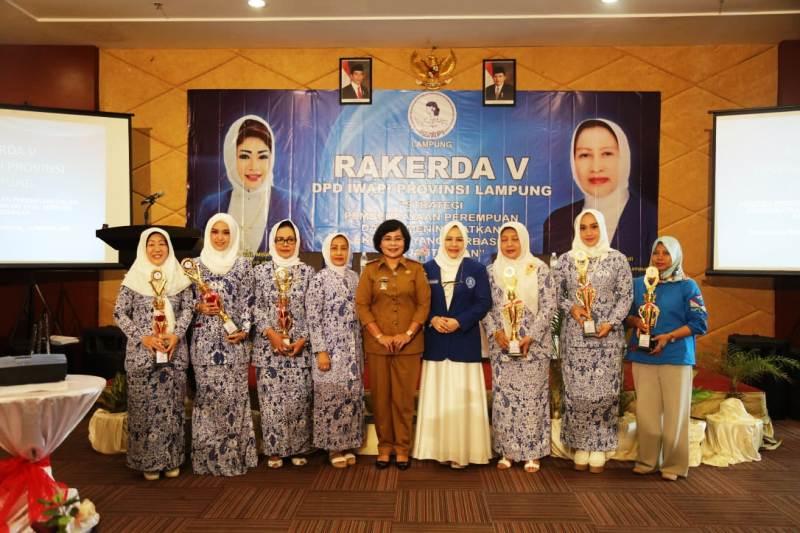 Rapat kerja daerah (Rakerda) V IWAPI Provinsi Lampung di Hotel Aston, Selasa (14/8/2018).