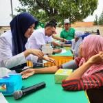 Warga Desa Tanjung Sari Natar Antusias Ikuti Pengobatan Gratis Rail Clinic PT KAI Divre IV Tanjung Karang