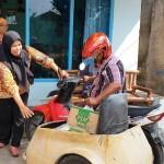 Kisah Suami Istri Penyandang Disabilitas Fisik di Bandar Lampung Jadi Relawan Salurkan Bantuan Pangan Non Tunai