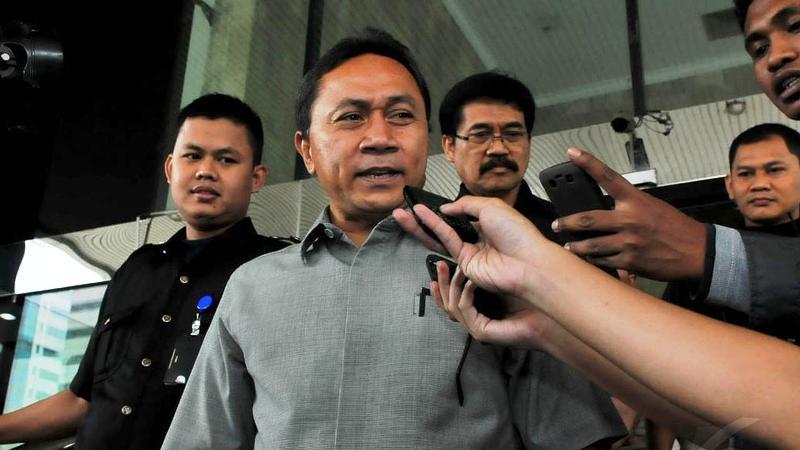 Menteri Kehutanan Zulkifli Hasan mendatangi Komisi Pemberantasan Korupsi (KPK), Jakarta,(6/2/14). (Liputan6.com/Johan Tallo)