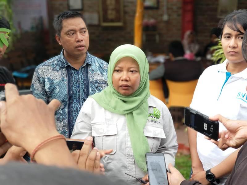 Direktur Yayasan Konservasi Way Seputih (YKWS) Febrilia Ekawati.