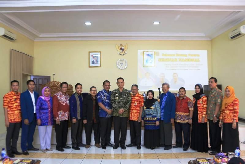 Seminar Nasional dengan tema Melalui Praktik Konseling Lintas Budaya Kita Ciptakan Konselor Bermartabat, di Aula STKIP PGRI Bandar Lampung, Jumat (23/11/2018).