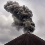 Gunung Anak Krakatau Dinaikkan Status Siaga, Radius Berbahaya Diperluas Menjadi 5 Km