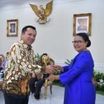 Gubernur Ridho Terima Penghargaan Parahita Ekapraya Ketiga Kalinya dari Presiden Jokowi