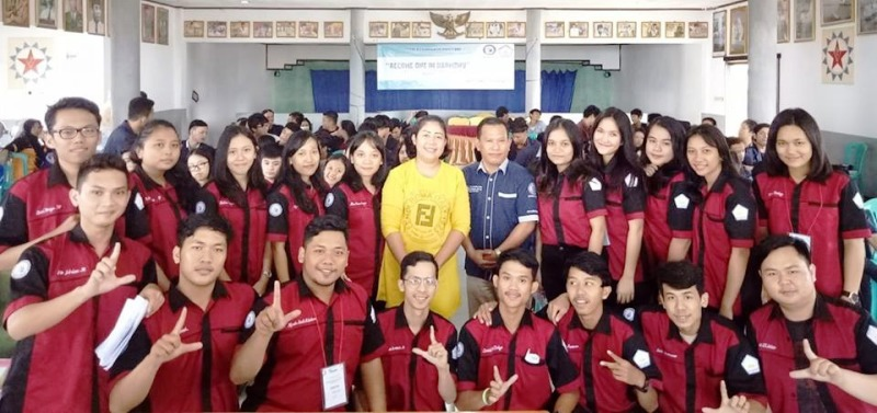 Himpunan Mahasiswa Katolik dan Kristen IIB Darmajaya Sukses Gelar Retreat.