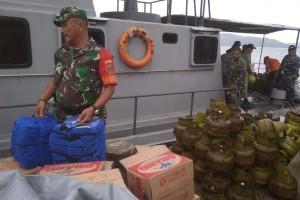 Hari ke-3 Pasca Tsunami, Pertamina Kembali Salurkan 100 Tabung LPG 3 Kg ke Pulau Legundi.