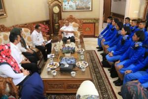 Wakil Gubernur Lampung Bachtiar Basri menerima 12 siswa SMA Taruna Nusantara (TN) angkatan 29 asal Provinsi Lampung, Rabu (26/12/2018) di Rumah Dinas Wakil Gubernur.