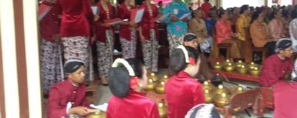 400 lanjut usia (lansia) dari berbagai stasi di Paroki Margo Agung mengikuti Misa Lansia di Gereja Santa Maria Margo Lestari, Jati Agung, Lampung Selaran, Minggu, 10 Februari 2019.