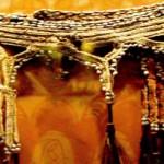 Pakaian Adat Suku Asmat: Antara Alam dan Manusia Sejati