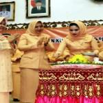 Berkat Aprilani Yustin Ficardo Organisasi Wanita di Lampung Sukses