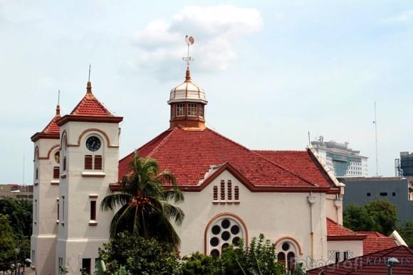 Gereja Ayam Menyimpan Segudang Artefak Sejarah   Radio Suara Wajar 96.8 FM