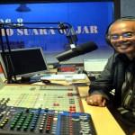 Kunjungan Uskup Keuskupan Agats-Asmat, Papua Mgr Aloysius Murwito, OFM ke Radio Suara Wajar Bandar Lampung