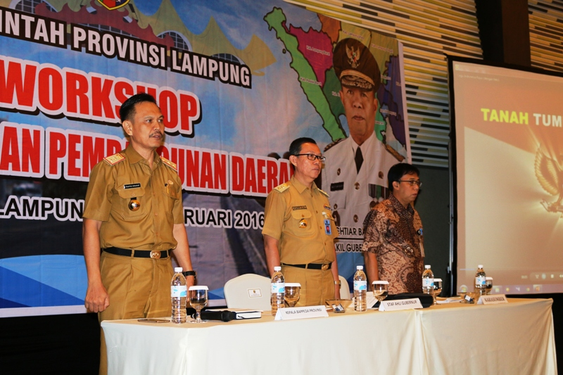 pembukaan acara workshop perencanaan pembangunan di Ballroom Novotel, Bandar Lampung, Selasa 02 Februari 2016.