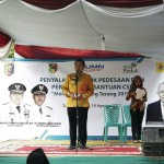Kado HUT ke-72 RI, Gubernur Ridho Resmikan Listrik di 25 Desa