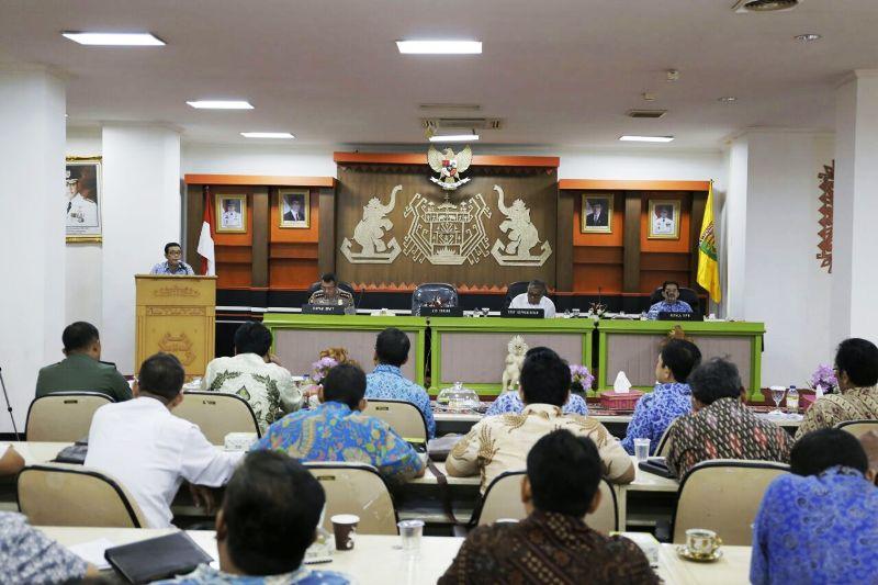 Rapat Kerja dan Monitoring Evaluasi Progres JTTS, di Ruang Sungkai Balai Keratun, Kantor Pemprov Lampung, Senin 2 Oktober 2017