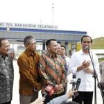 Presiden Jokowi dengan Didampingi Gubernur Ridho Resmikan 2 Segmen Jalan Tol Lampung
