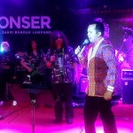 Gubernur Ridho Hadiri Konser Rocker Reuni Harry Kohar with Laskar Band